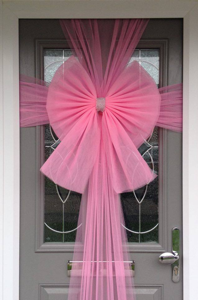Baby Pink Door Bow is beautifully made and adds an elegant bow to your front door, windows or garage during the festive season - Order Now 01277 224622